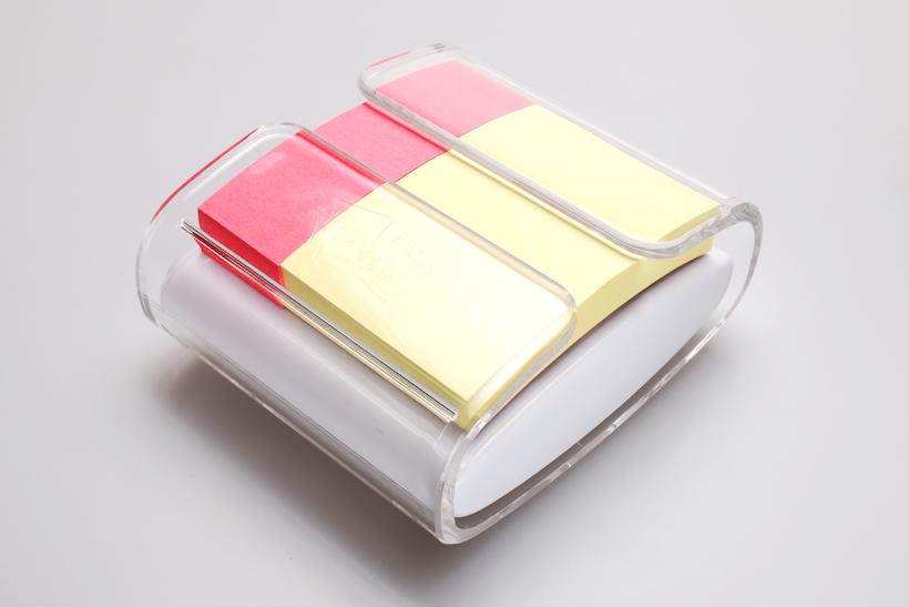 ↑2色セットの「コンビ」。もちろん付箋を入れ替えれば25㎜幅×3としても使用できる