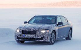 BMW「7シリーズ」フェイスリフトモデル開発車両を捉えた!