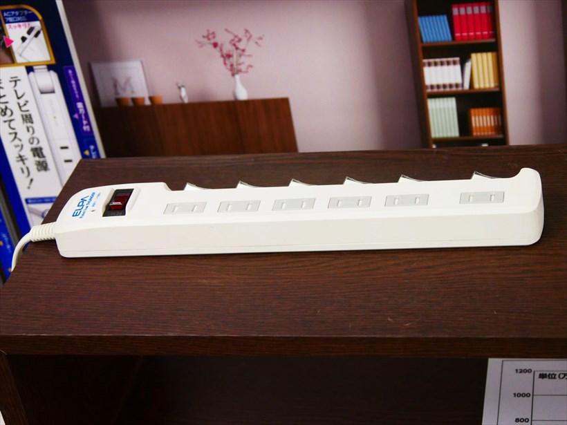 ↑こちらもよく見かける、個別スイッチ付きの電源タップ。7月頃にはさらに改良された新製品が発売されるとのこと