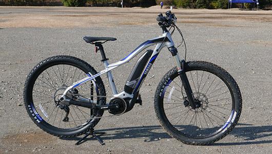 """電動アシスト自転車は""""楽""""をする道具から""""走りを楽しむ""""ギアへ。MTBモデルも登場したヤマハ「YPJ」新ラインナップ"""