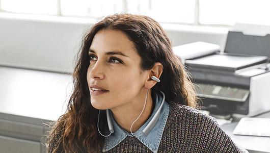 """あの""""ながら聴き""""イヤホンにワイヤレスモデル登場! ambie「wireless earcuffs」が販売スタート"""