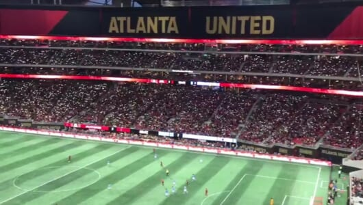 """アメリカのサッカーファンも凄い! 4.5万人の大観衆が見せた""""手拍子""""が鳥肌モノ"""
