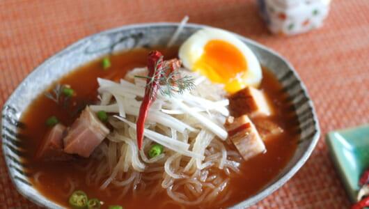 カルディの「ヤミツキ冷麺」ランキング – 1位はザラザラ生麺に、ウマ辛スープがからむ絶品!