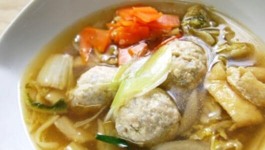 「ヘビロテ中の一品」 野菜と鶏軟骨の旨味が染み込んだ「1日に必要とされる野菜1/2が摂れる鶏団子鍋」がセブンに登場