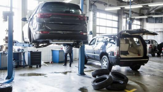 憧れの「マイ・ガレージ」を低価格で。モスクワっ子のDIY欲を満たしまくる「時間制ガレージ」が人気