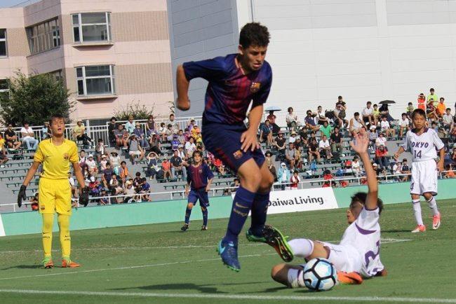"""↑昨年度大会ではバルセロナがこれぞ""""世界基準""""という圧巻のパフォーマンスを披露。決勝では東京都U-12を2対1で破り、2大会連続4度目の優勝を飾りました"""