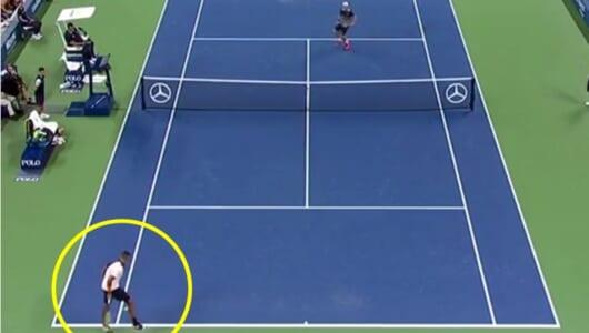 またやった! 錦織出場のUSオープンでキリオスが唐突な「股抜きショット」