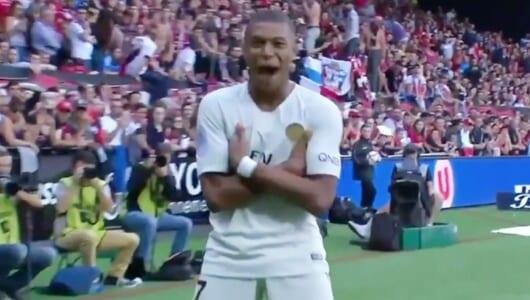 19歳のフランス代表エンバペ、リーグ戦でいきなり2ゴール! 驚愕プレーを見逃すな