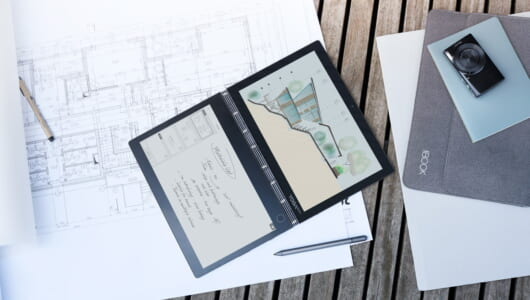 使い道が増えすぎる…!「キーボードが電子ペーパー」なノートPC「Yoga Book C930」
