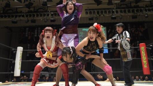 "『DDT LIVE! マジ卍』SKE48・荒井優希が王座陥落…""クビドル""伊藤麻希が新王者に"