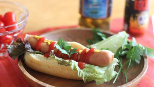 カルディの本格「冷凍パン&ピザ」ランキング -「外パリッ、中モチッ」食感と香り際立つ1位は、ホットドッグに最高!
