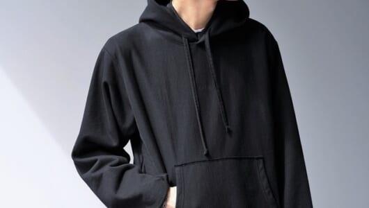 「黒のスウェットパーカー」6選。着まわし力が問われるこれからの季節にどうぞ
