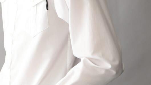 「ゆったりサイズだけど、だらしなくない白シャツ」。ショップスタッフ推薦の5枚はこれ