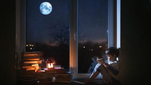 年間1000冊の読書量を誇る作家・谷津矢車がオススメ!秋の夜長に読みたい10冊