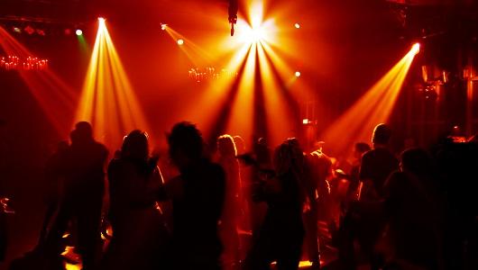 """ユーロビートの次は""""ハウス""""がくる!? 懐かしの80~90年代「ハウス・ミュージック」30曲"""