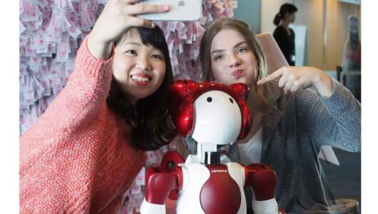 「観光立国」に不可欠なロボットがコレだ! 横浜ランドマークタワーで「実験的導入」がスタート