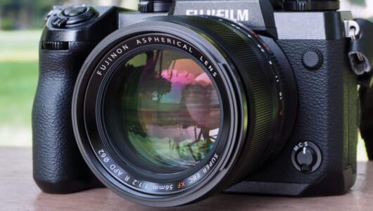 """""""ワンランク上のボケ表現""""を可能にする「APDフィルター」って何? 単焦点レンズ「XF 56mm F1.2 R APD」レビュー"""