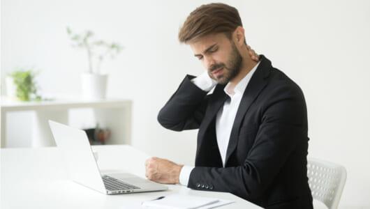 パソコン作業の「肩こり」を予防する周辺アイテム! いますぐ欲しくなるモノ4選