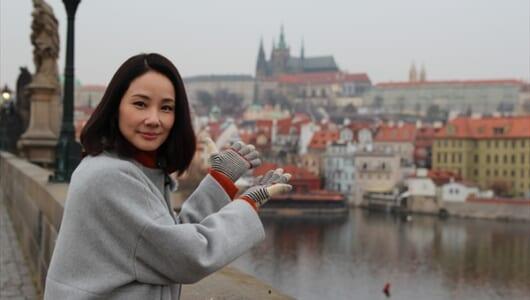 吉田羊がプラハ、ウィーンで偉大な日本人女性の足跡をたどる旅を
