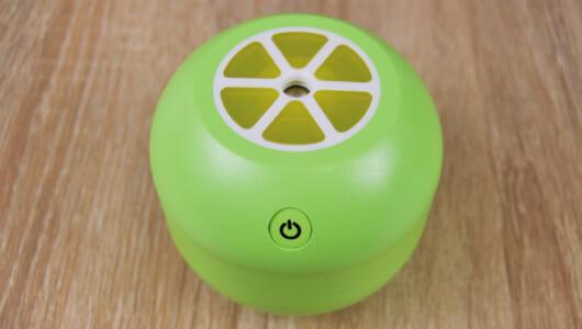 USB式のコンパクトなミニ加湿器! 超音波式で火傷の心配もいらないダイソー「柑橘シリーズ ミニ加湿器」