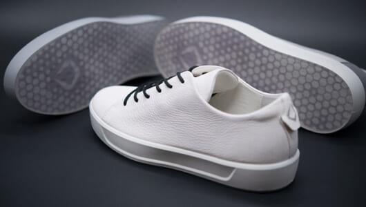 靴の履き心地は「ミッドソール」で70%変わる。最高の快適性を叶えたシューズ「QUANT-U」が日本初上陸