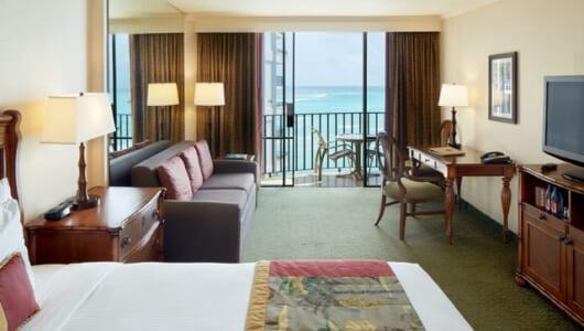 「ステイ」+「バケーション」ーーハワイ在住者が教えるワイキキの「ステイケーション・ホテル」3軒