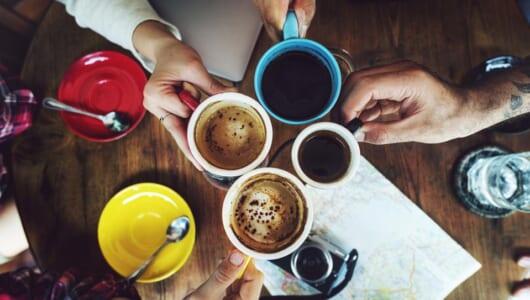 朝のコーヒーがキャンパーの至福!! キャンプに持って行きたいおすすめパーコレーター5選