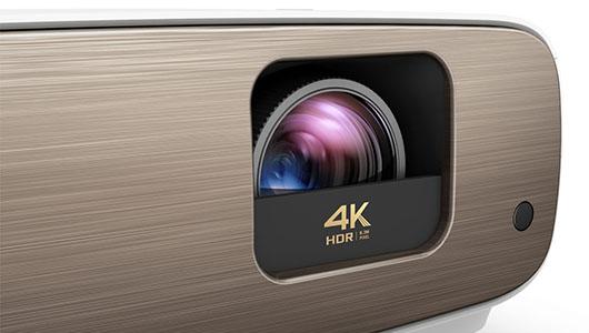 本格4Kシネマ映像がこの価格で! 20万円を切るホームシアタープロジェクターBenQ「HT3550」