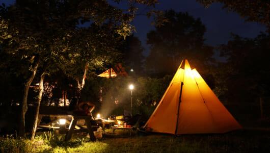 キャンプに目覚めた初級者からツウなキャンパーにもオススメ! 本物の炎を楽しめる燃焼系ランタン逸品5選