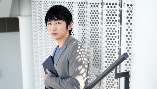 10周年のキングジム「ポメラ」は作家 羽田圭介にとって「自分の身体の一部」だった!