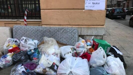 ゴミ分別が徹底された結果、ゴミが街に溢れた!? イタリアのゴミ事情はこんな感じ