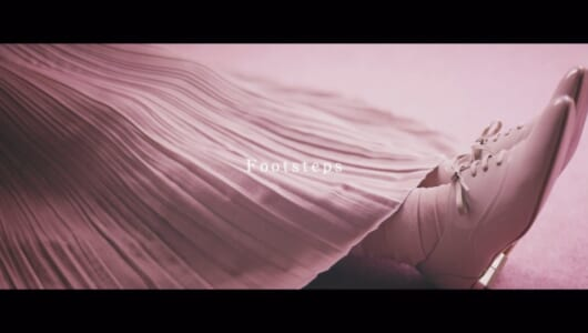 日向坂46 加藤史帆、佐々木久美、佐々木美玲、高本彩花、小坂菜緒のユニット曲「Footsteps」MV公開