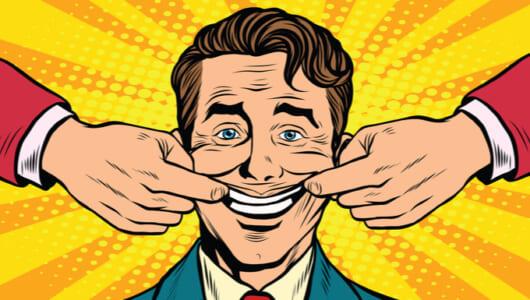 接客業の方はご用心! 職場の「作り笑い」が酒量を増やす
