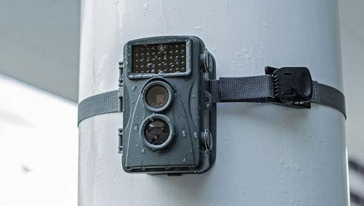 自宅のセキュリティ対策にピッタリ! 夜間でも撮れる電池式セキュリティカメラ「CMS-SC01GY」