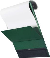 ↑背面の磁石フラップで、めくりあげた書類をしっかりホールド。めくった状態で固定できるので、書類が戻ってくる心配がなくストレスフリーに使える