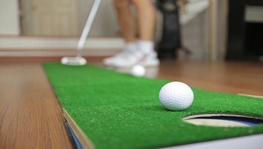 父の日こそ自分へのご褒美!? 自宅でできる「ゴルフ練習グッズ」5選