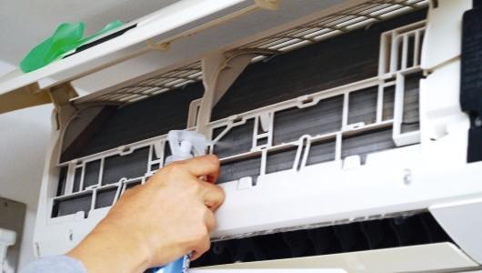 面倒な「エアコンの掃除」、どうすればいい? 解決策を3つご提案します