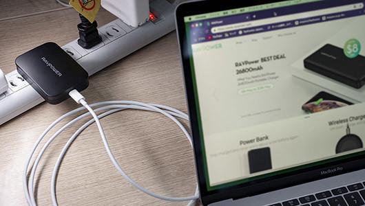 MacBookが約2時間で充電できる! 最大45W出力の急速充電器RAVPower「RP-PC104」にブラックモデル追加