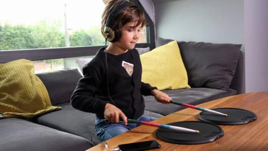 ドラマーの宿命は技術で解決! 大人も子供もノリノリになる「新世代ドラムキット」