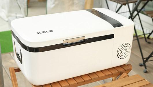 """冷凍・冷蔵の""""冷やし分け""""が便利! しっかり冷やせるポータブルな冷凍冷蔵庫「ICECO」を徹底解説"""