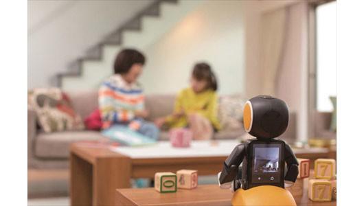 子どもや高齢の親は無事なのか? 家族の不安を解消する「見守りロボット&家電」6選