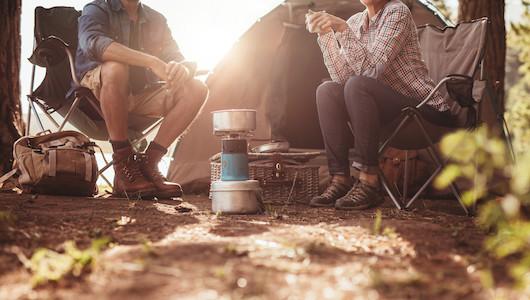 アウトドア用品は日本独特の気候を理解した国内メーカーで買うべきだという視点で選んだ6大日本ブランドの「定番キャンプ用品」