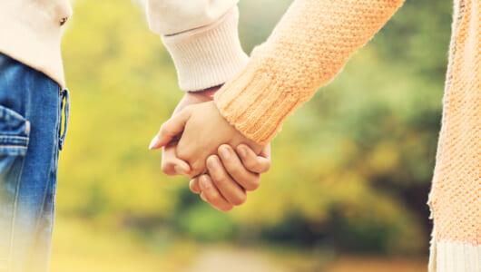「play date」ってどういう意味? ロマンチックな「デート」だけじゃない!