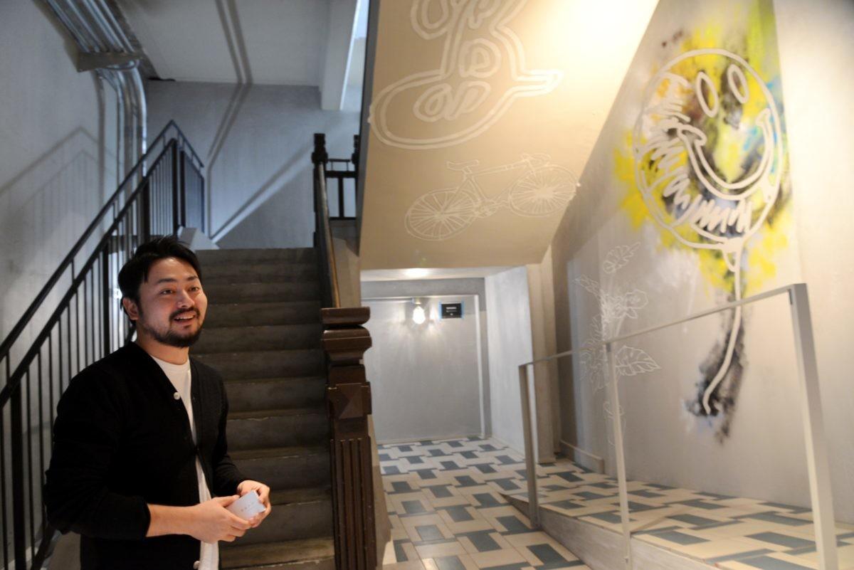 ↑中山誠弥さん。元々「ブルックリン・ブルワリー」のファンで、本国のブルーパブの壁画も手がけている